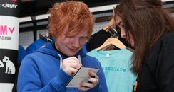 Ed Sheeran meets fans