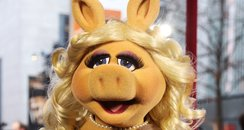 Miss Piggy hosts the Bafts 2012 Red Carpet
