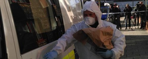 Police collect evidence missing Becky Watts
