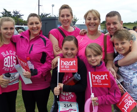 Newbury Race For Life: Ladies In Pink