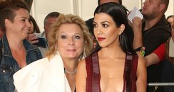 Jennifer Saunders photobombs Kourtney Kardashian