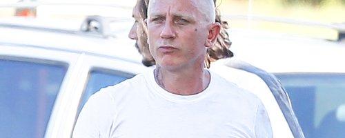 Daniel Craig on set