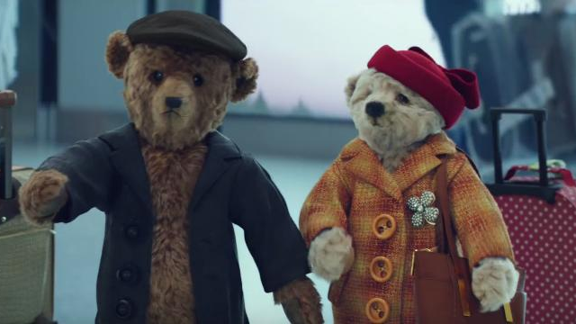 heathrow 39 s festive ad perfectly captures the magic of