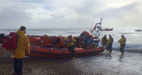 kitesurfer dies Hayling Island RNLI
